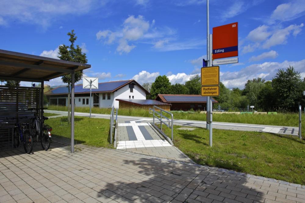 Bahnhof Edling Mvv