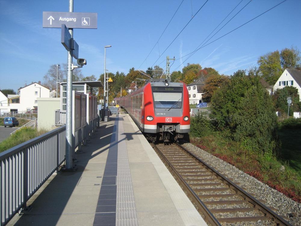 Bahnhof Bachern Mvv